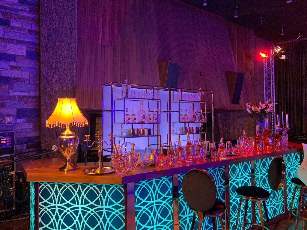 luxury bar services